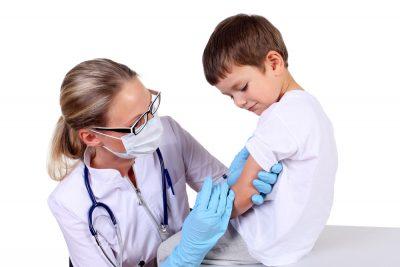 vaccino-anticovid-ai-minori-serve-il-consenso-di-entrambi-i-genitori