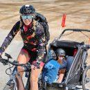 550-km-in-bici-con-il-figlio-di-3-anni-la-sfida-di-camilla