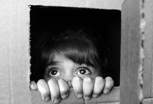 7-bambini-su-10-subiscono-maltrattamenti-la-denuncia-di-cesvi
