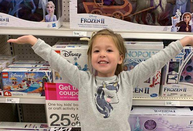 lidea-di-una-mamma-per-sopravvivere-nei-negozi-di-giocattoli