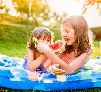 come-affrontare-il-caldo-coi-bambini-i-consigli-del-medico