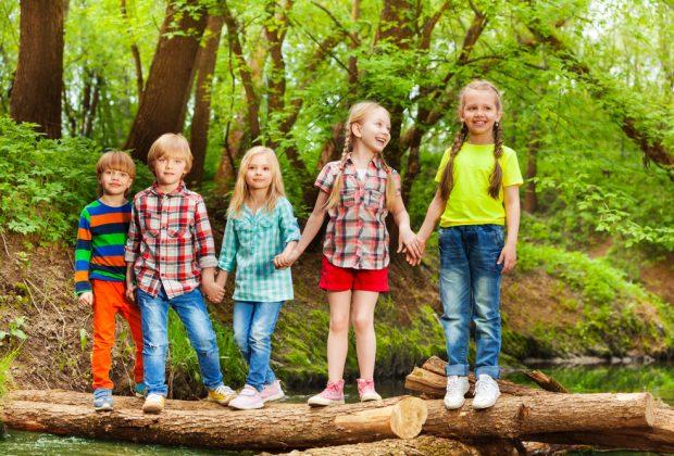 lasilo-nel-bosco-nido-si-educa-bambini-allaria-aperta