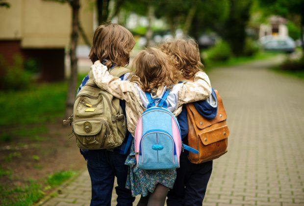 roma-a-scuola-si-vaccinano-per-far-tornare-la-bimba-che-ha-subito-trapianto-organi