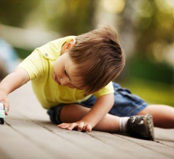 perche-non-riusciamo-a-perdonare-la-lentezza-dei-bambini?