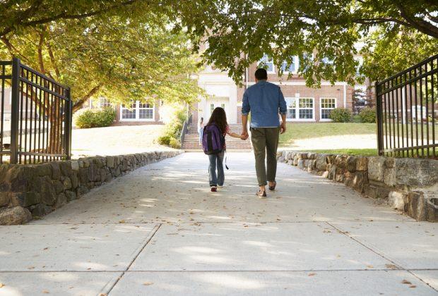 vietato-laccesso-a-scuola-al-papa-senza-green-pass