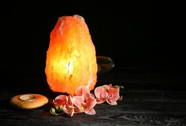 fai-da-te-come-fare-una-lampada-di-sale-himalayano
