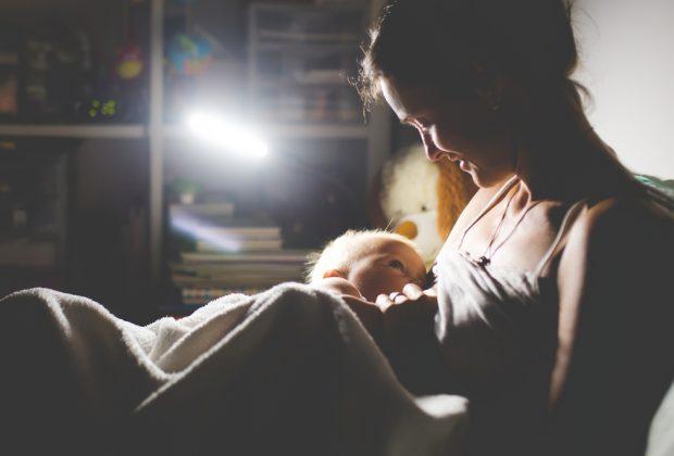 la-qualita-del-sonno-delle-mamme-e-importante