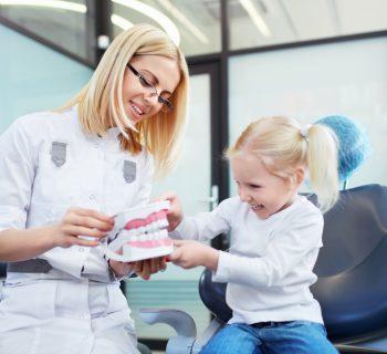 dentini-sani-fin-da-piccoli-consigli-del-dentista