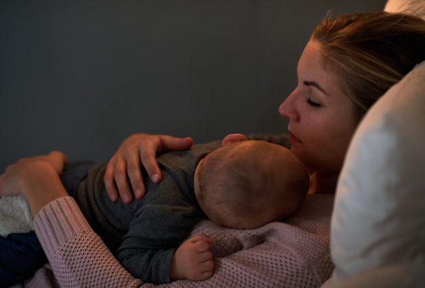 accompagnare-i-bambini-nell'addormentamento:-si-o-no?
