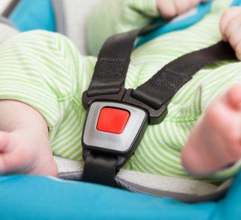 dimenticano-il-neonato-in-taxi-dopo-il-parto