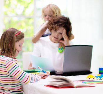 mamma-ho-perso-il-congedo-la-campagna-social-dei-genitori-con-i-figli-in-dad