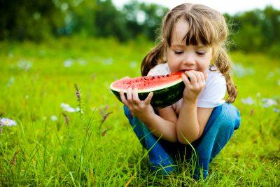 alimentazione-sana-insegnargli-a-mangiare-bene