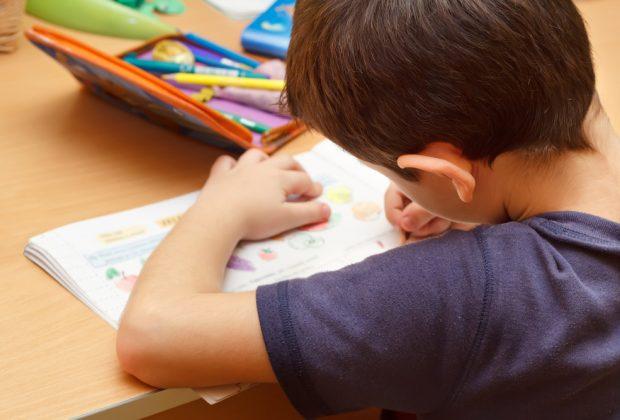 lezioni-da-casa-lo-sfogo-dei-genitori,-meno-compiti-e-piu-didattica