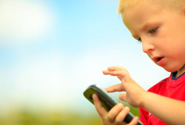 cellulare-ai-bambini:-da-che-eta?