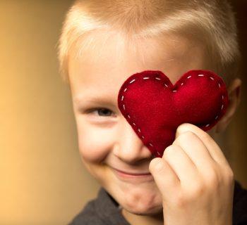 insegnare-gentilezza-ai-bambini-gioco