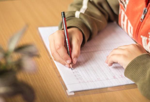 le-scuole-riaprono-a-settembre-ecco-le-nuove-linee-guida-del-ministero