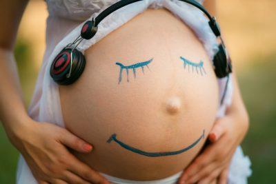 gli-effetti-benefici-della-musica-gravidanza-per-mamma-e-nascituro