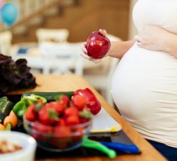 alimentazione-sana-in-gravidanza:-come-organizzare-i-pasti-attraverso-i-5-gruppi-alimentari
