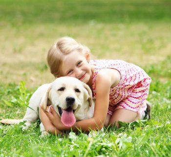 animali-domestici-e-bambini:-quali-rischi-per-la-salute?