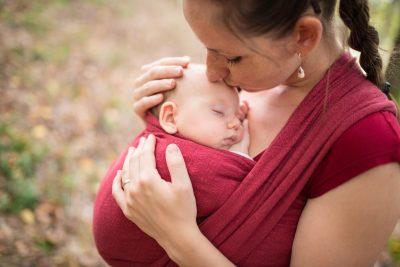 babywearing-perche-e-importante-scegliere-un-supporto-ergonomico
