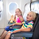 bambini-in-aereo,-istruzioni-per-l'uso