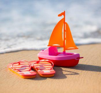 bari,-siringa-in-spiaggia:-l'ago-punge-una-bimba-di-6-anni