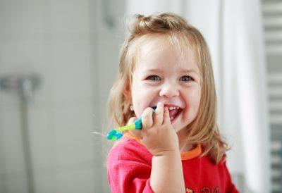 denti-e-bambini:-un-rapporto-che-va-coltivato-fin-da-piccoli