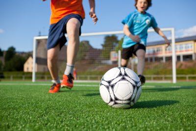bimbo-di-dieci-anni-allontanato-dalla-scuola-calcio-la-gelida-lettera