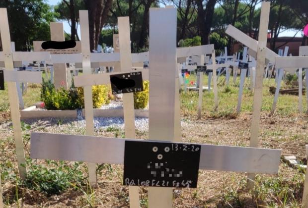 sepolture-prenatali-cosa-dice-la-legge-sui-cimiteri-dei-feti