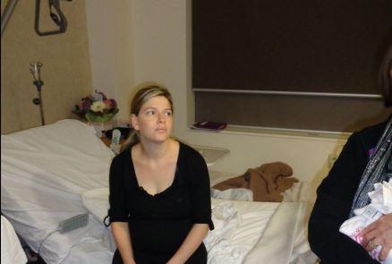 evitate-le-visite-a-mamma-e-neonato-subito-dopo-il-parto-katie-bowman-spiega-il-perche