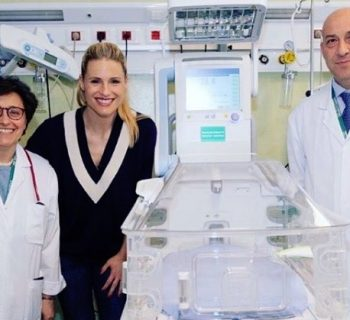 michelle-hunziker-raccoglie-23mila-euro-per-donare-una-culla-termica-(video)