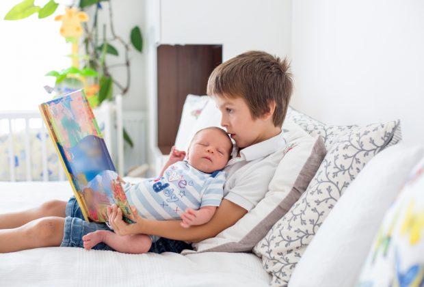 i-figli-primogeniti-sono-piu-intelligenti-i-fratelli-minori-sono-piu-sani