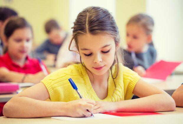 i-genitori-possono-visionare-i-compiti-in-classe-dei-figli