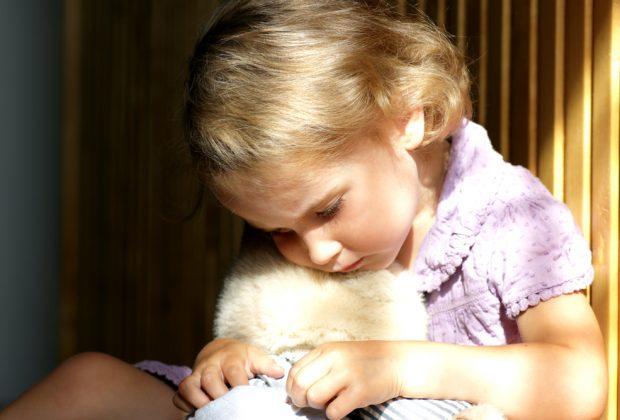 i-traumi-infantili-dei-genitori-possono-generare-disturbi-psicologici-nei-figli