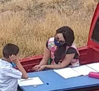 il-furgone-diventa-un'aula:-l'idea-di-un'insegnante-ai-tempi-del-lockdown