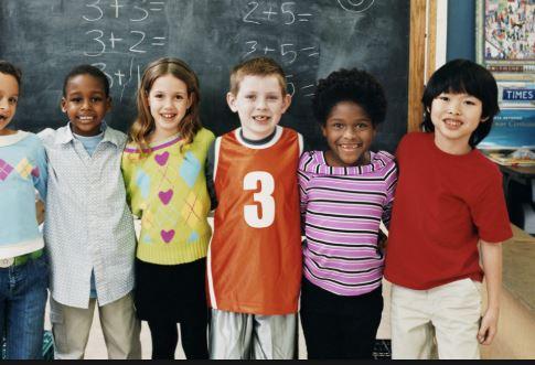 il-tema-di-una-bimba-contro-il-razzismo-diventa-virale
