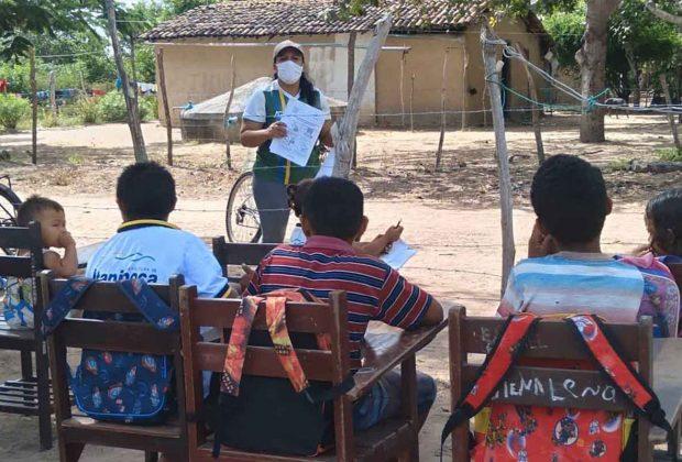 brasile-attraversa-il-paese-in-bici-per-fare-lezione-agli-alunni-disabili