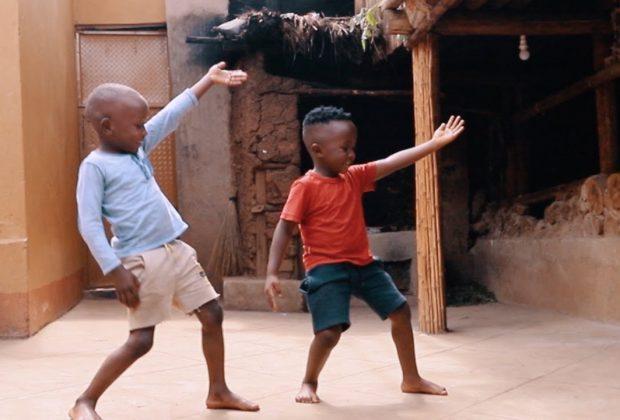 il-ballo-come-medicina-due-piccoli-ballerini-ugandesi-commuovono-il-web