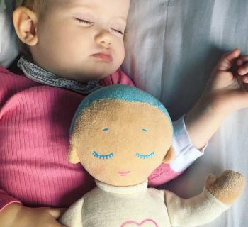 lulla-bambola-accompagna-sogni-bambini