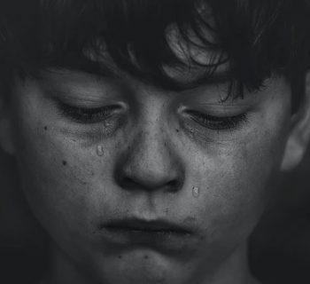 aiutare-bambini-superare-un-lutto