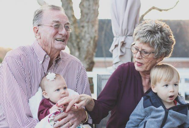 prendersi-cura-di-figli-e-nipoti-i-nonni-italiani-sono-i-piu-attivi-deuropa