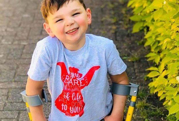 il-grande-cuore-di-tony-percorre-10-km-con-le-sue-nuove-protesi-per-beneficenza