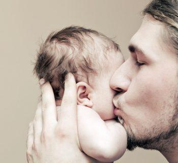 congedo-paternita:-p&g-regala-8-settimane-ai-suoi-dipendenti