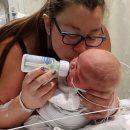 dopo-19-aborti-spontanei-mamma-cary-da-alla-luce-il-suo-bimbo-arcobaleno