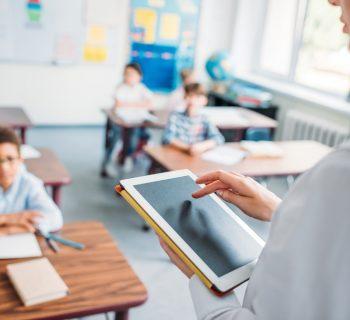 registro-elettronico-a-scuola:-quando-si-perde-il-dialogo-genitori-figli