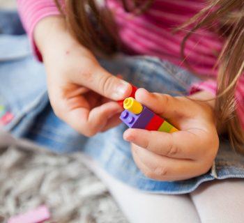 tragedia-a-boscoreale-ingoia-un-lego-e-muore-a-4-anni