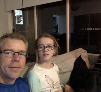 un-papa-riscrive-la-pagella-della-figlia-autistica